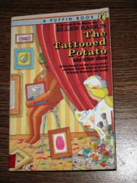 The Tattooed Potato and Other Clues - Ellen Raskin