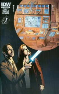 X-files Conspiracy #1 Transformers Glow Cover Edition - Paul Crilley, John Stanisci