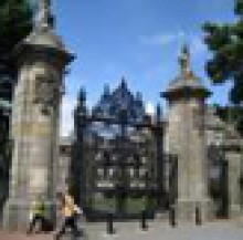 The Palace of Holyroodhouse (Pitkin Pictorial Guides) - Alan Bold