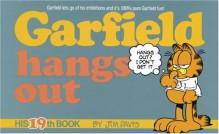 Garfield Hangs Out - Jim Davis
