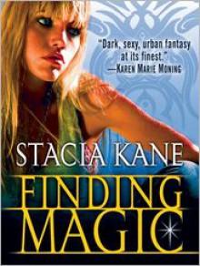Finding Magic (Novella) - Stacia Kane