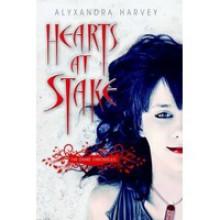 Hearts At Stake (The Drake Chronicles #1) - Alyxandra Harvey