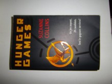 Hunger Games (Hunger Games, #1) - Guillaume Fournier, Suzanne Collins
