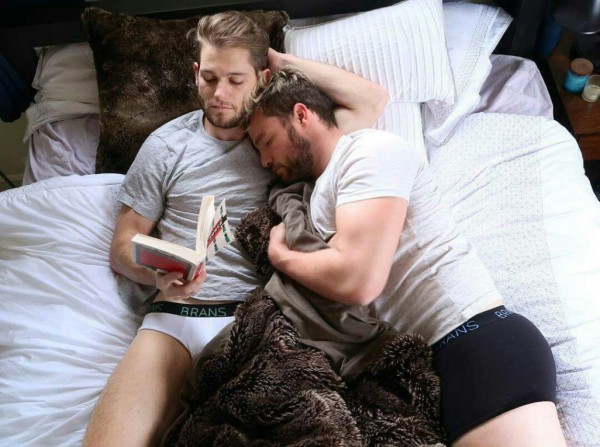 Hot Dudes Reading, #40