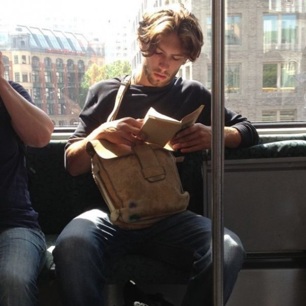 Hot Dudes Reading, #4