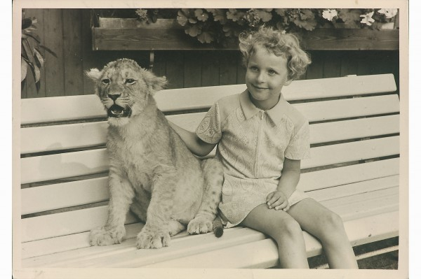 ... and with another lion cub, a year or two prior to the encounter with Sasha.