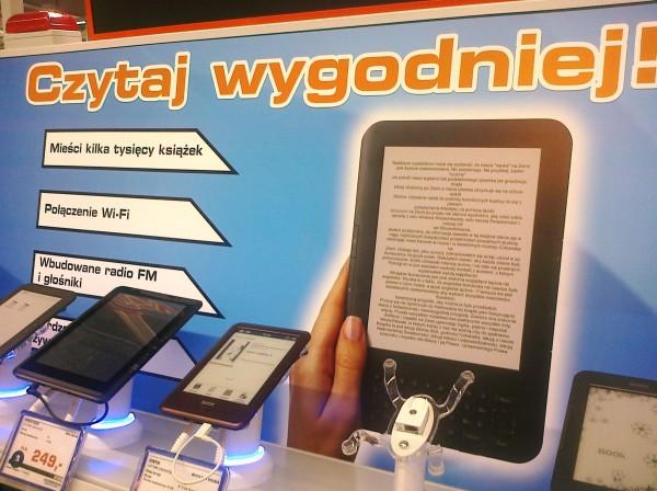 Kindle 3 Keyboard jako ilustracja reklamy czytników książek