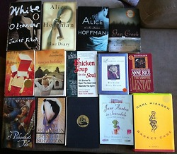 Book Haul from awesome 5$ Library bag sale!