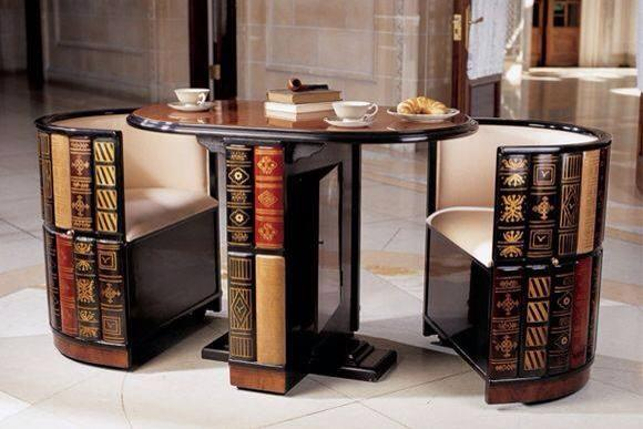 Nice little reading table..