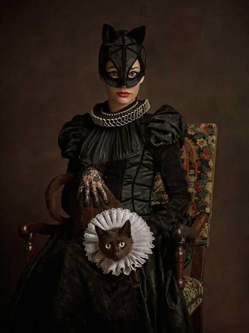 Elizabethan Catwoman