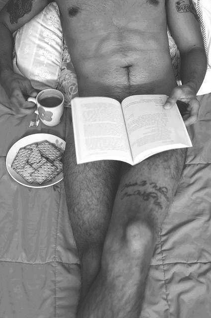 Hot Dudes Reading, #45