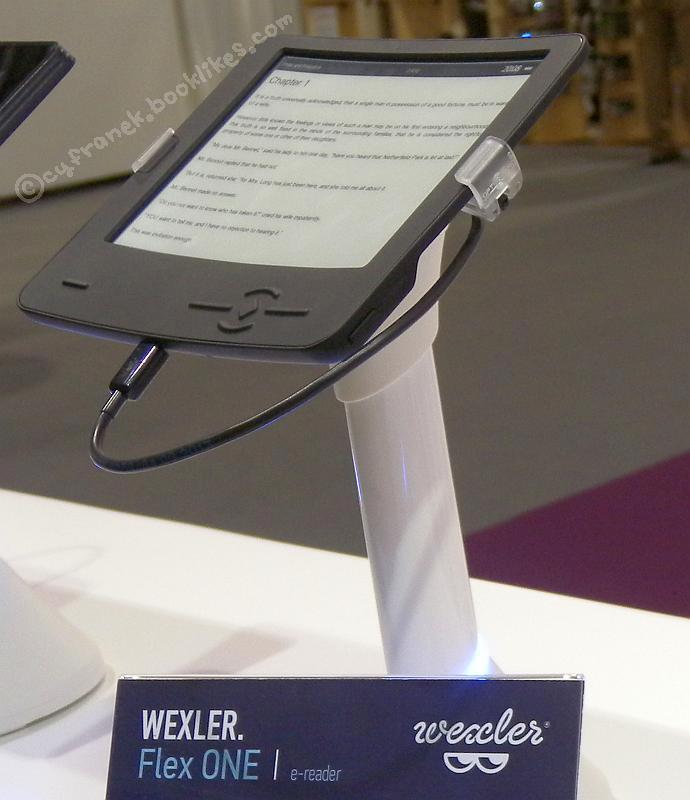 Czytnik Wexler Flex One na targach IFA 2013
