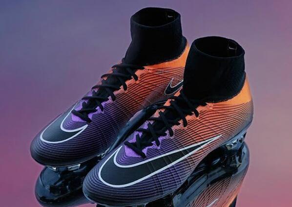 Nike Hypervenom Phantom Aubameyang Fußballschuhe enthüllt