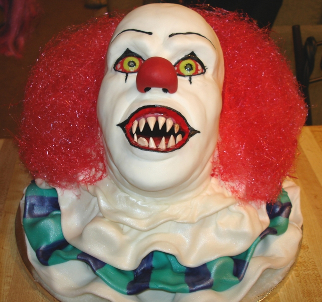 Stephen king Horror cake