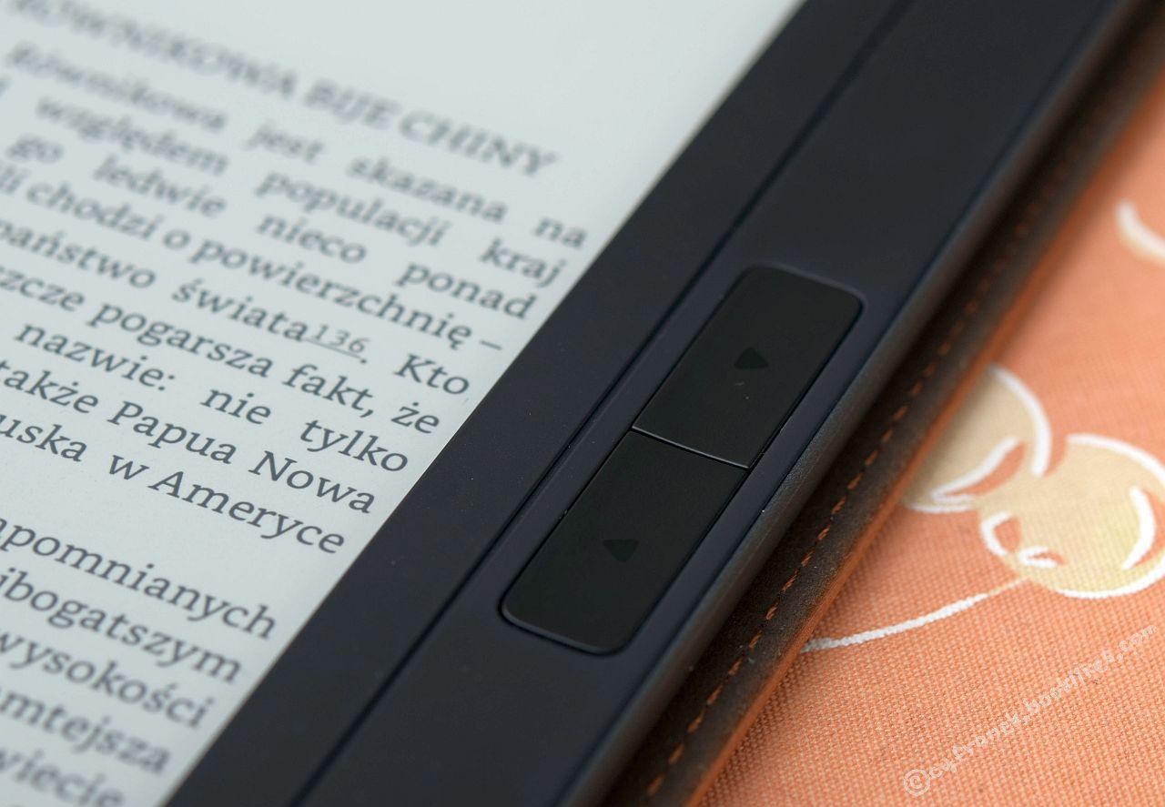 PocketBook InkPad 2 - przyciski zmiany stron