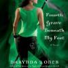Fourth Grave Beneath My Feet - Lorelei King, Darynda Jones