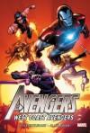 Avengers: West Coast Avengers Omnibus - Roger Stern, Bob Harras, Steve Englehart, Danny Fingeroth, Bob Hall, Luke McDonnell, Al Milgrom, Richard Howell
