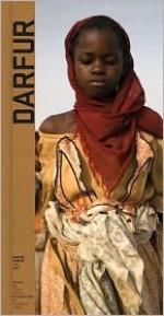 Darfur: Life/War - Leslie Thomas