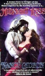 Midnight Kiss - Nancy Gideon