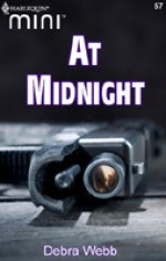 At Midnight - Debra Webb, Elenna Stauffer