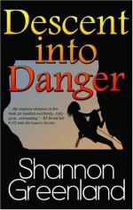 Descent Into Danger - Shannon Greenland (S. E. Green)