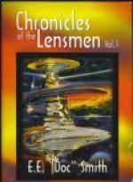 "Chronicles of the Lensmen, Volume 1 (Triplanetary, First Lensman, Galactic Patrol ) - E.E. ""Doc"" Smith"