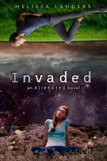 Invaded - Melissa Landers